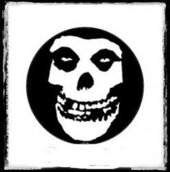 MISFITS: Skull kitűző