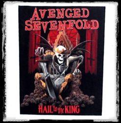 HÁTFELVARRÓ-AVENGED SEVENFOLD: Hail to king (RENDELÉSRE)